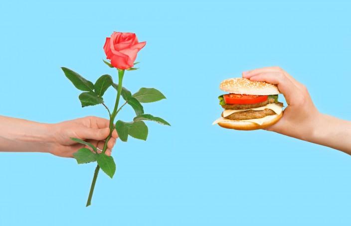 Single a San Valentino? 4 Consigli per Salvare Cuore e Colon